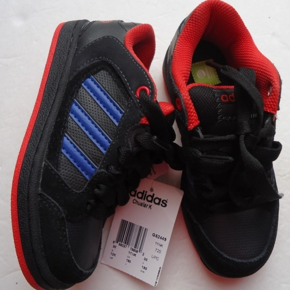 NWT.SIZE 12 K .ADIDAS BOYS TODDLERS SNEAKERS. NWT